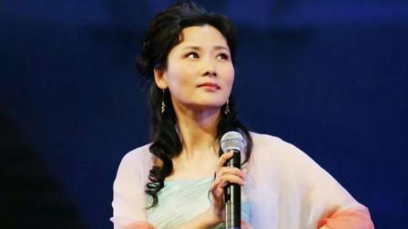 影视演员何赛飞表演的京剧《大登殿》片段