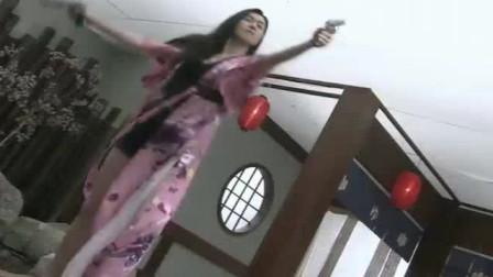 美女杀手进入黑龙会绝杀日本人,一个不留。
