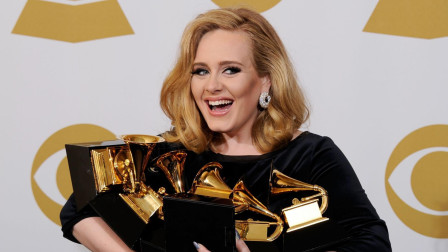 《喵呜之声》第7期:Adele唱痛都市人的冷门歌《Million Years Ago》