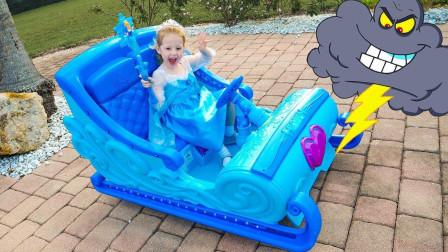 好梦幻!萌宝小萝莉在睡觉时做了个什么梦呢?冰雪奇缘趣味玩具故事
