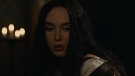 玛戈王后受伤男子想去,这时有个女人跑来大喊