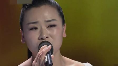 李莉越来越漂亮了,现场翻唱一首《懂你》感动全场,歌声甜美沁人心脾!