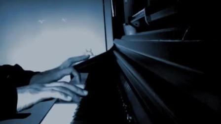 《龙卷风》:爱像一阵风吹完它就走