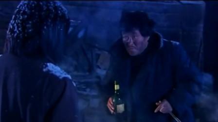 《马大帅》赵本山一个人过年,先放了一鞭炮,又做了一大锅菜