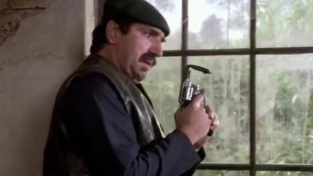《笑破铁幕》别人敲的玻璃脆的像糯米纸,最后那男的敲的玻璃像是钢化的...