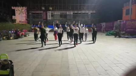 小黑七鬼步舞 广场舞