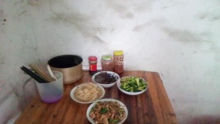 吃播视频 炒冬笋+炒西兰花+炒白萝卜丝+红枣蒸蛋 边吃边聊