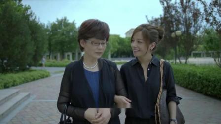 赵薇给婆婆报名韩国游,几个同游的大妈背后简直羡慕死了!