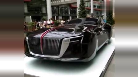 国人看看咱们自己中国的红旗汽车,这是我最喜欢的车,没有之一