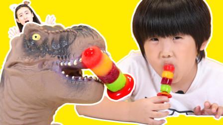 手工DIY果汁冰棍制作机 给恐龙做好吃的4色棒冰美味啦
