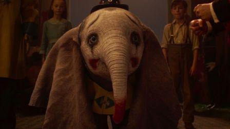 """迪士尼真人《小飞象》终极预告片,3.29拥抱""""飞""""凡成就奇迹!"""