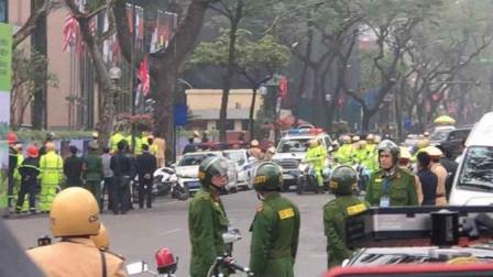 金正恩入住酒店揭秘:荷枪实弹的军人、、周边执勤