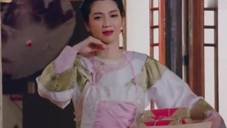 张丹峰洪欣合唱《花好月圆》,四目对视太甜蜜了!