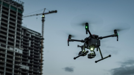 DJI大疆 经纬 M200 V2 系列无人机 - 重塑生产力