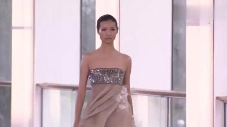 2018春夏时装秀,春夏最受欢迎的纯色晚礼服