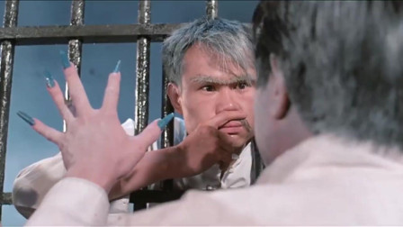 《林正英》僵尸先生,林正英干僵尸那是一绝。我是佩服他的僵尸电影