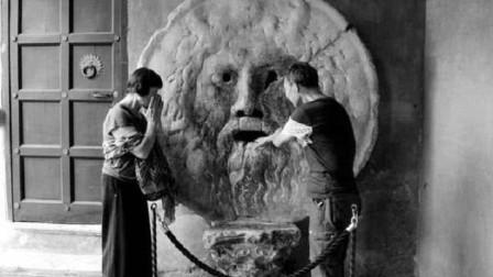 """罗马最古老的""""测谎仪"""",说谎就会被咬住手,游客只能待2分钟!"""