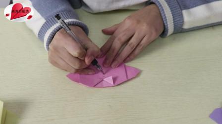 手工折纸教程:原来用纸折叠上衣外套的方法这么简单,快来学习吧