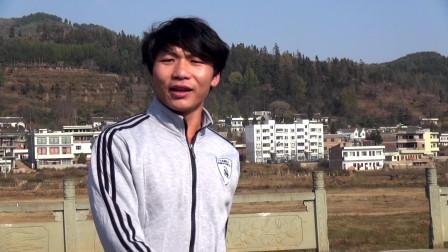 贵州山歌,刘代贤演唱《哥是农村乡下人》这位农村里帅哥唱山歌感人吗