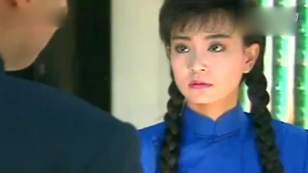 《三朵花》张佩华演的杨荫和婉君里的伯健不一样的感觉,演技真不错!