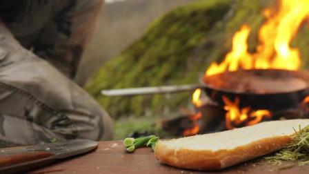 丛林美食系列,最好的烟熏肉卷三明治烹饪教程