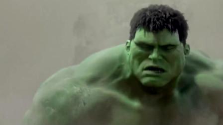 绿巨人玩一会沙子你们也开炮