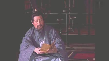 三国演义:程昱模仿徐母笔迹给徐庶写信,徐庶看过信后伤心哭泣!