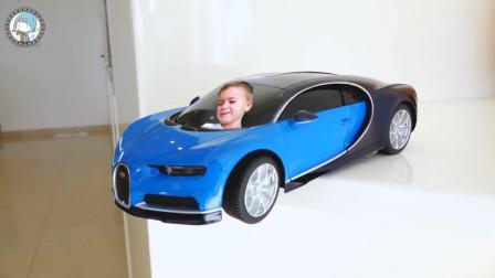 萌娃乐园:汽车大奖赛,萌娃之间的碰撞对决,挥舞着魔法萌娃和汽车变小!