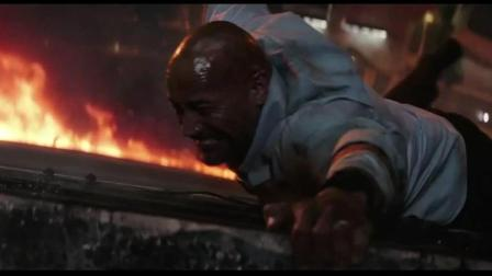 3分钟看完, 强森《摩天营救》中最危险硬汉的片段