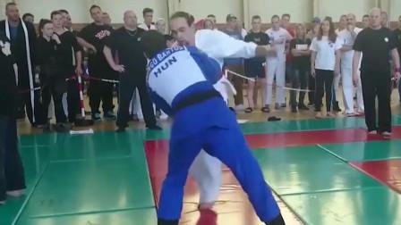 柔道VS空手道比赛,以柔克刚,巴西柔术真不是吃素的