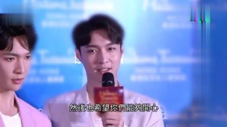 张艺兴来香港看蜡像,大秀粤语还跟粉丝说一直很努力学粤语