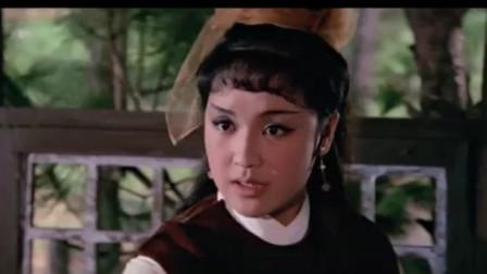 看看50年前的邵氏武侠片,动作设计一流,可惜爱看的人不多了 !
