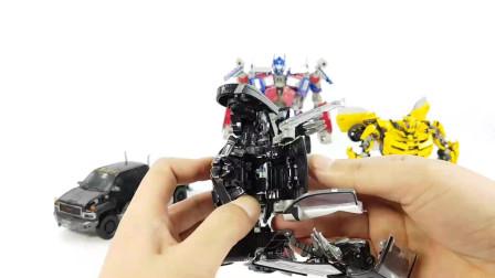 少儿卡通,变形金刚玩具动画,黑色警车变身怪兽机器人