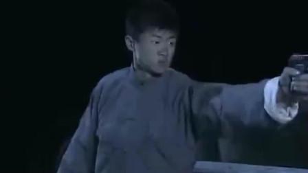 孤岛飞鹰:鬼子深夜偷袭!青帮被遭血洗!横尸遍野!