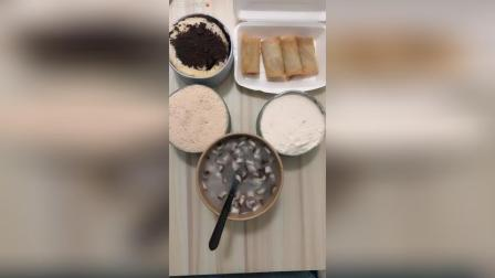千层蛋糕盒子 波波卷 粥配春卷小菜