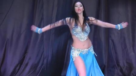 肚皮舞:浪漫优美的肚皮舞,舞者风情万种的舞姿,令人着迷