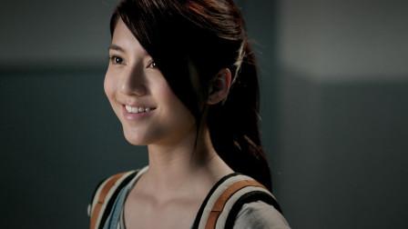 《开心魔法》:吴京饰演反派魔法师,女主酷似Angelababy,适合小朋友观看