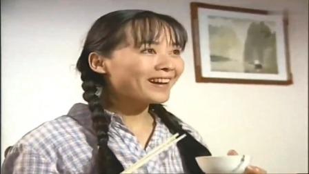 农村女孩来城里当保姆,雇主一试相当满意,一见这饭量就后悔了
