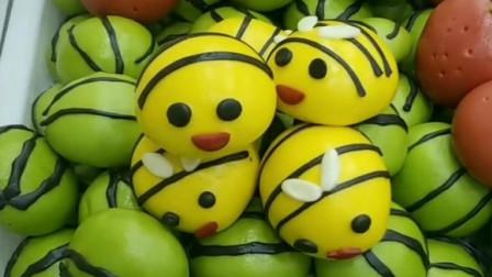 小蜜蜂紫薯馅馒头