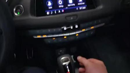 2019款凯迪拉克XT4到店实拍,2.0T发动机配9AT还买什么宝马X1