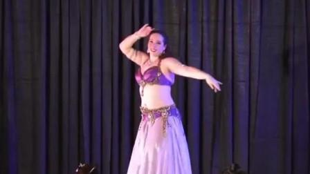 肚皮舞:大师的精彩表演,真不愧是肚皮舞大师,跳的就是棒!