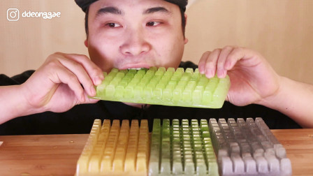 """韩国大胃王donkey小哥啃""""键盘冰淇淋""""!网友:真佩服你的牙口啊"""