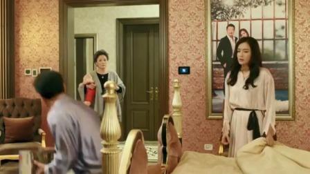 豪门富太家务压身,刚和丈夫抱怨了几句,转身看见婆婆顿时尴尬了