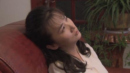 女子深夜回到家,不料在屋里听见死去的丈夫喊她,瞬间就傻眼了