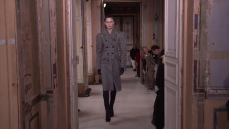 Olivier Theyskens F/W 2019 Fashion Show