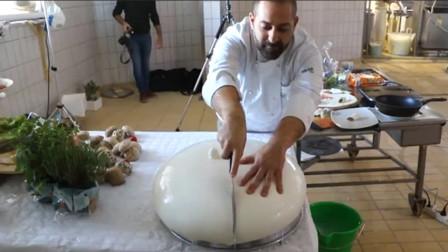 意大利马苏里拉奶酪,是这么做出来的!最大可达100多斤