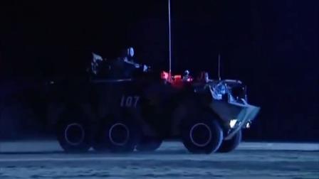 驻港解放军部队军事演习,高科技装备齐上阵,特制装甲车更为抢眼