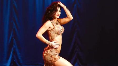 肚皮舞:漂亮的舞姿,美女热情的表演,令人忘我