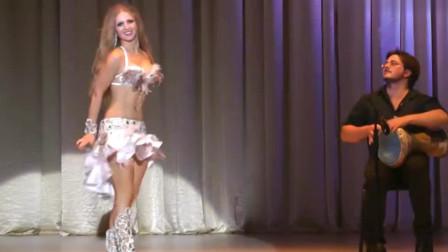 肚皮舞:魅力十足的肚皮舞,美女演绎的热情动感