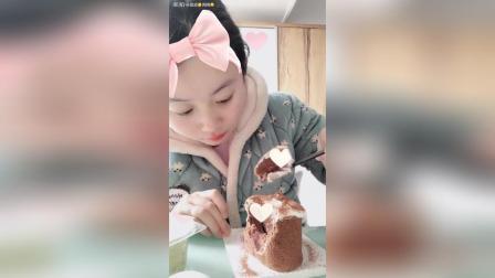脏脏蛋糕 抹茶千层盒子 香草雪胖子! 甜品的世界丰富多样
